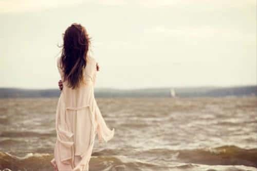 Khi người lớn cô đơn - Chỉ cần một chút yêu thương